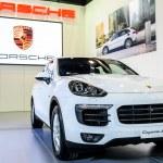 ������, ������: Porsche Cayenne Se Hybrid
