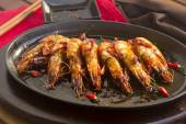 Sizzling Asian Prawns — Stock Photo