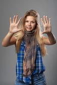 Girl showing ten fingers — 图库照片