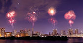 Fireworks celebrating over Odaiba, Tokyo cityscape at night — Stock Photo
