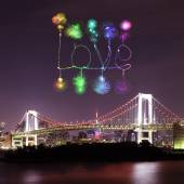 Love sparkle Fireworks celebrating over Tokyo Rainbow Bridge at  — Stock Photo