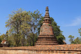 Pagoda at Wat Mahaeyong, the ruin of a Buddhist temple in the Ay — Stock Photo