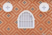 Fenêtre vintage avec fond de mur — Photo