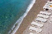 Shoreline on a Pebble Beach — Stock Photo