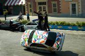 """Stuntmans performs a trick on car at the show """"Police school"""" — Stock Photo"""