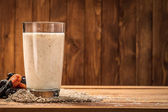Yogurt with wheat bran as a drink for improving the digestion process — Stock Photo