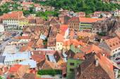 SIGHISOARA, ROMANIA - JULY 17: Aerial view of Old Town in Sighisoara, major tourist attraction on July 17, 2014. City in which was born Vlad Tepes, Dracula — Φωτογραφία Αρχείου
