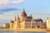 Hungarian Parliament Building in Budapest, World Heritage Site by UNESCO — Foto de Stock