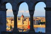Hungarian Parliament Building in Budapest, View from Fisherman's Bastion — Stock Photo