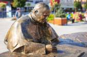 Wadowice, Poland - September 07, 2014: Sculpture of Pope John Paul II in the city center of Wadowice, the place of birth of Pope John Paul II — Foto de Stock