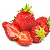 Ripe strawberries with leaves  — Stock Photo
