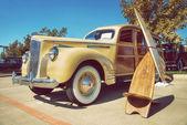 Carro clássico amarelo Packard 110 1941 — Fotografia Stock