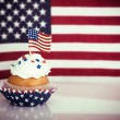 Patriotic cupcake with American flag — Stock Photo #74819719