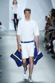 Model walks the runway at Lacoste during Mercedes-Benz Fashion Week — Stock Photo