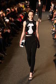 Model walks the runway at the Alexander Wang fashion show — ストック写真