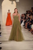 Model walks the runway at Ralph Lauren fashion show — Stock fotografie