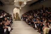 Models walk the runway finale at Ralph Lauren fashion show — Stock Photo