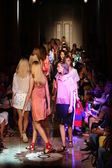 Models walk the runway final during the Andrea Incontri show — Stock Photo