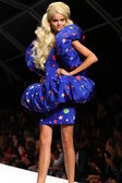 Model walks the runway during the Moschino show — Stock Photo
