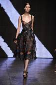 Model walks the runway at Donna Karan New York show — Foto Stock