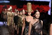 Models walk the runway finale at Donna Karan New York show — Foto Stock