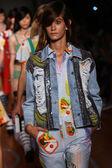 Models walk the runway finale during the Au jour le jour show — Stock Photo