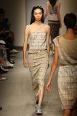 Model walks the runway at the Cividini Show — Foto Stock