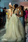 Colección novias de rivini primavera 2015 Mostrar — Foto de Stock