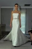 Justina McCaffrey Spring 2015 Bridal collection show — Stock Photo