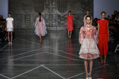 Models walk the runway during the Mila Schon show — Stock Photo