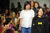 Designers Hyunjoo Lee and Erica Kim — Stock Photo