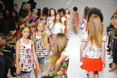 Aria Children's Clothing preview at petite PARADE Kids Fashion Week — Stock Photo