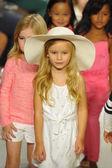 Chloe preview at petite PARADE Kids Fashion Week — Stock Photo