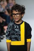 Dillonger Clothing preview at petite PARADE Kids Fashion Week — Stock Photo