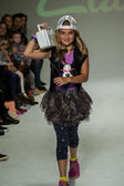 Clarks preview at petite PARADE Kids Fashion Week — Stockfoto