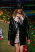 Tommy Hilfiger Women's fashion show — Stock Photo