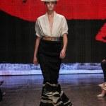 Daria Strokous walk the runway at Donna Karan New York — Stock Photo #57926807