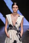 Vanessa Moody walk the runway at Donna Karan New York — Stock Photo