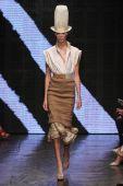 Lexi Boling walk the runway at Donna Karan New York — Stock Photo