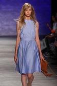 Rebecca Minkoff fashion show during Mercedes-Benz Fashion Week — Stock Photo