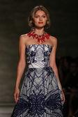Luis Antonio fashion show during Mercedes-Benz Fashion Week — Stock Photo