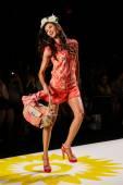Desigual during Mercedes-Benz Fashion Week — Stock fotografie