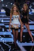Victoria's Secret Fashion Show — Stock Photo