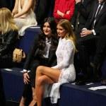 Jessie Ware and Millie Mackintosh attend the 2014 Victoria's Secret Fashion Show — Stock Photo #60103511
