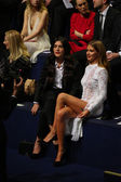 Jessie Ware and Millie Mackintosh attend the 2014 Victoria's Secret Fashion Show — Stock Photo