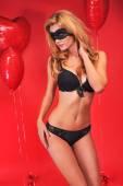 Slank model dragen van provocerende lingerie — Stockfoto