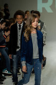 Ruum preview at petitePARADE Kids Fashion Week — Stock Photo