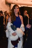 Carol Alt posing backstage at the Nicole Miller fashion show — Stock Photo