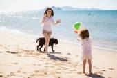 Single mom having fun — Stockfoto