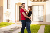 Couple moving into their new house — Stock Photo